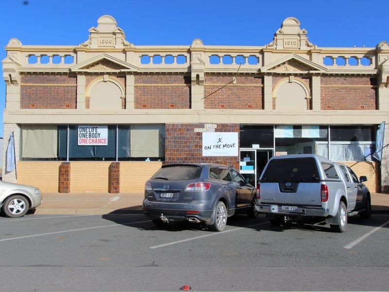 266 Hoskins Street, Temora, NSW 2666