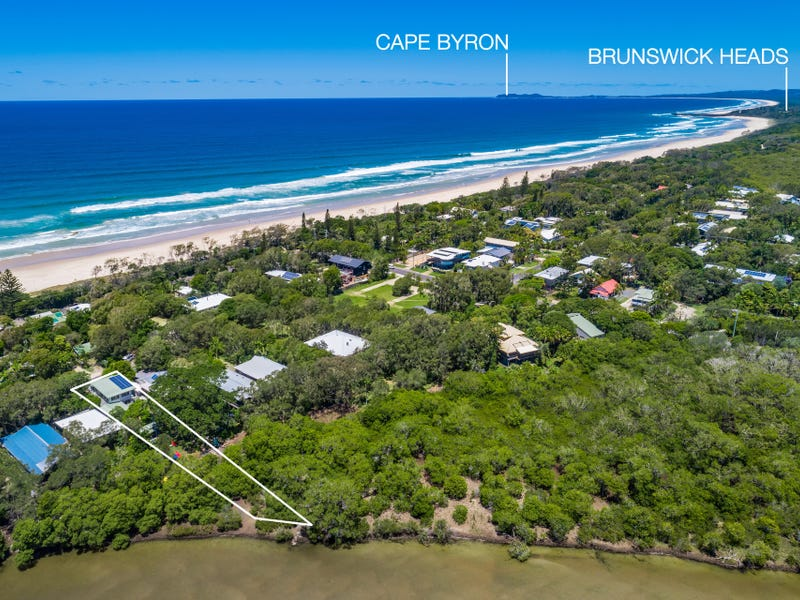 17 Pacific Street, New Brighton, NSW 2483