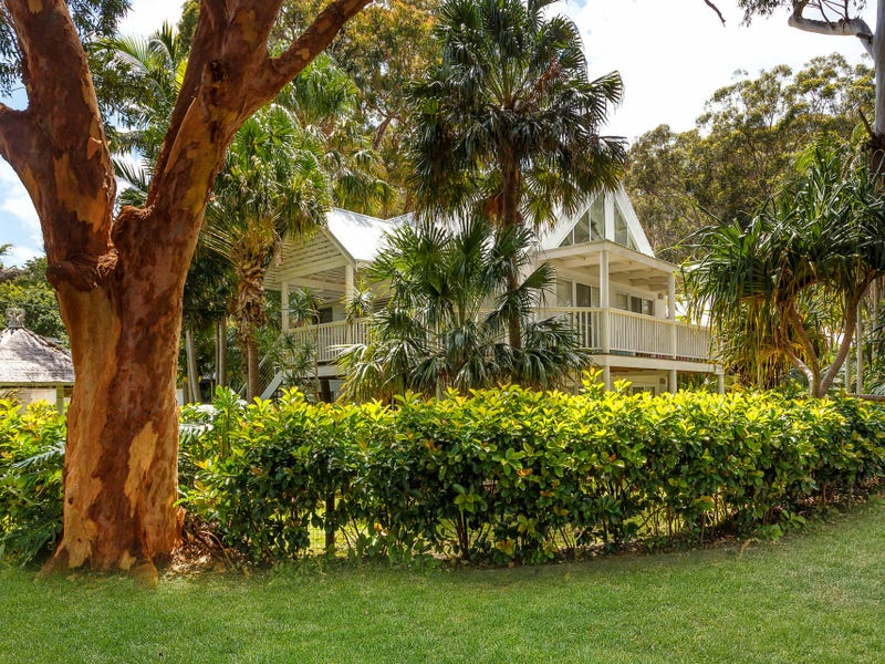 8 Amaroo Drive, Smiths Lake, NSW 2428
