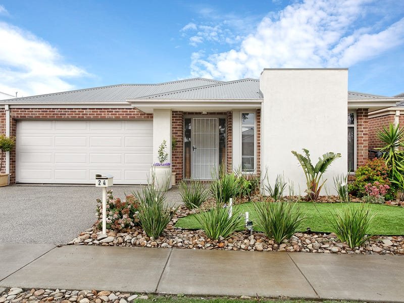 24 Remarkable Drive, Mount Duneed, Vic 3217