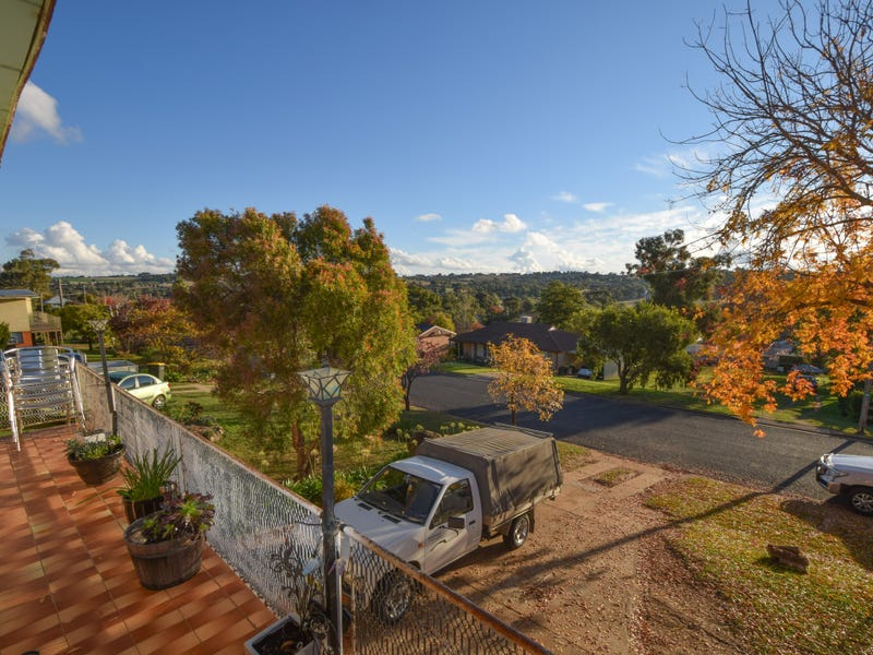 6 Milong Street, Young, NSW 2594