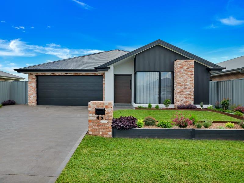 45 Caladenia Crescent, South Nowra, NSW 2541