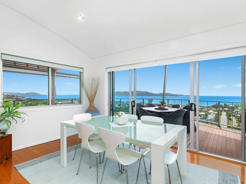 2/21 Hillside Crescent, Townsville City