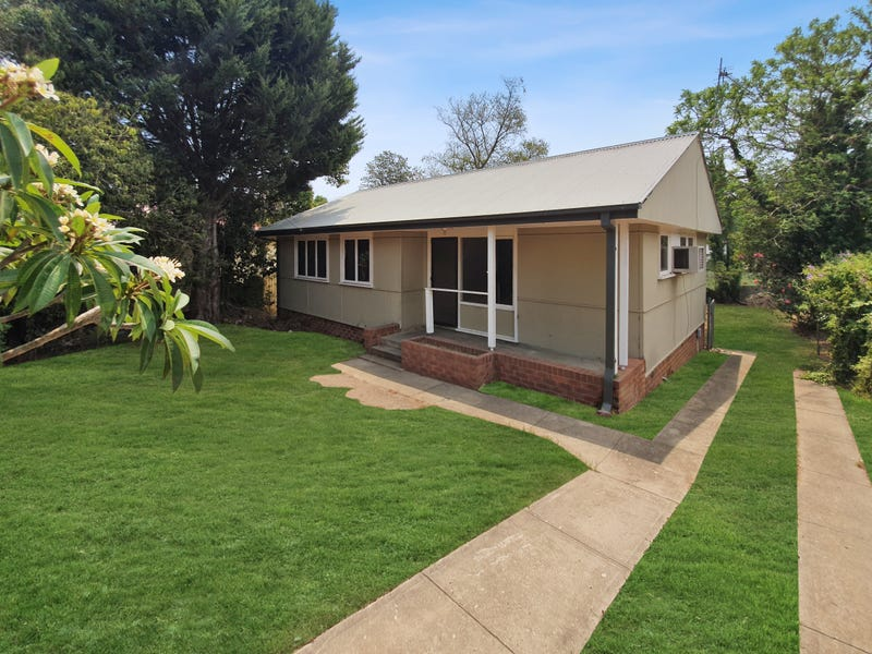 2 McGuire Avenue, Nowra, NSW 2541