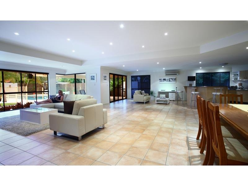 3 Mainsail Place, Twin Waters, Qld 4564