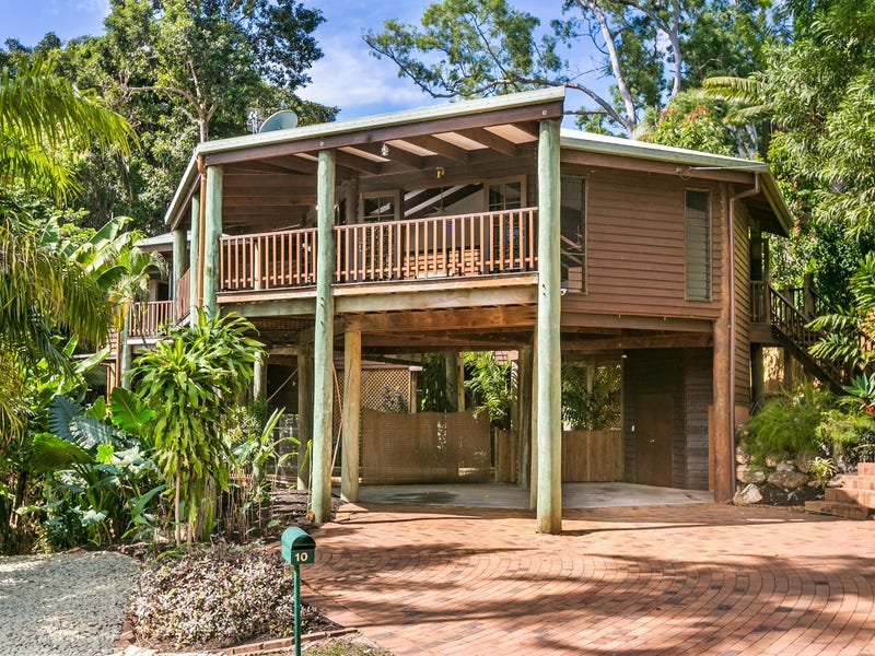 10 Trinidad Close, Trinity Beach, Qld 4879