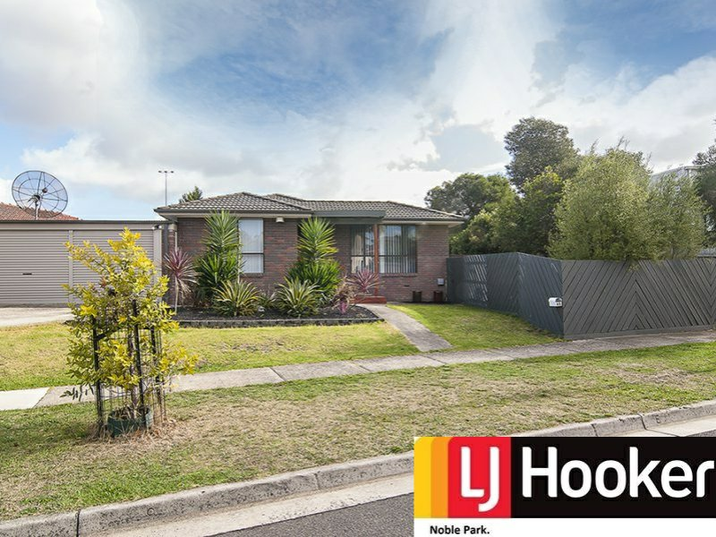 65 Thomas Mitchell Drive, Endeavour Hills, Vic 3802