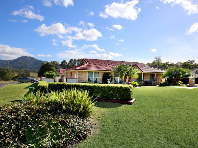 1 Tuscan Place, North Nowra, NSW 2541