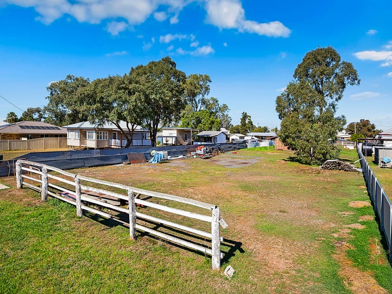 27 Donely Street, Oakey