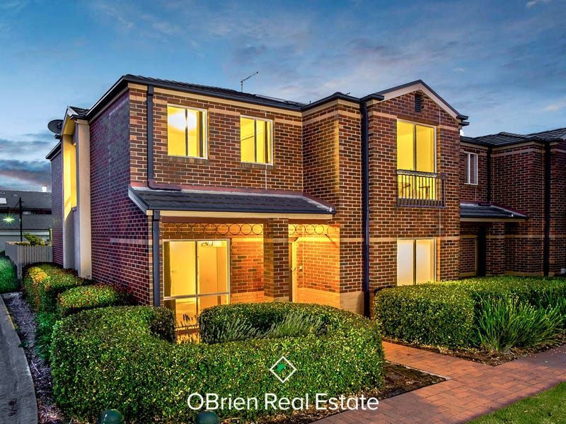 18 Kirren Close, Cranbourne, Vic 3977