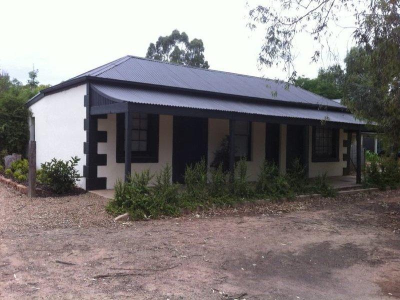 30 Sixth street, Koolunga, SA 5464