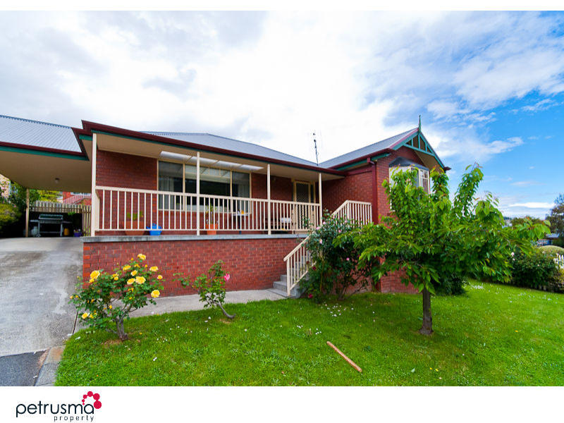 2/83a Clinton Road, Geilston Bay, Tas 7015