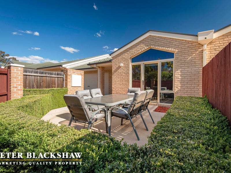 4/48 Betty Maloney Crescent, Banks, ACT 2906