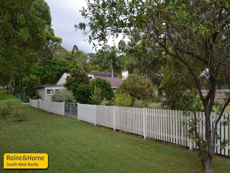 9 Wilson St, Arakoon, NSW 2431