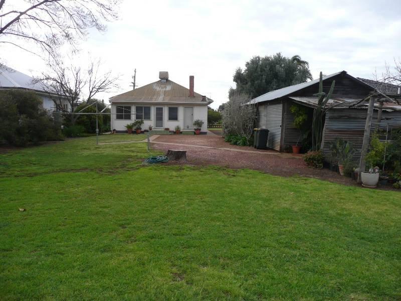 31 East Street, Yoogali, NSW 2680