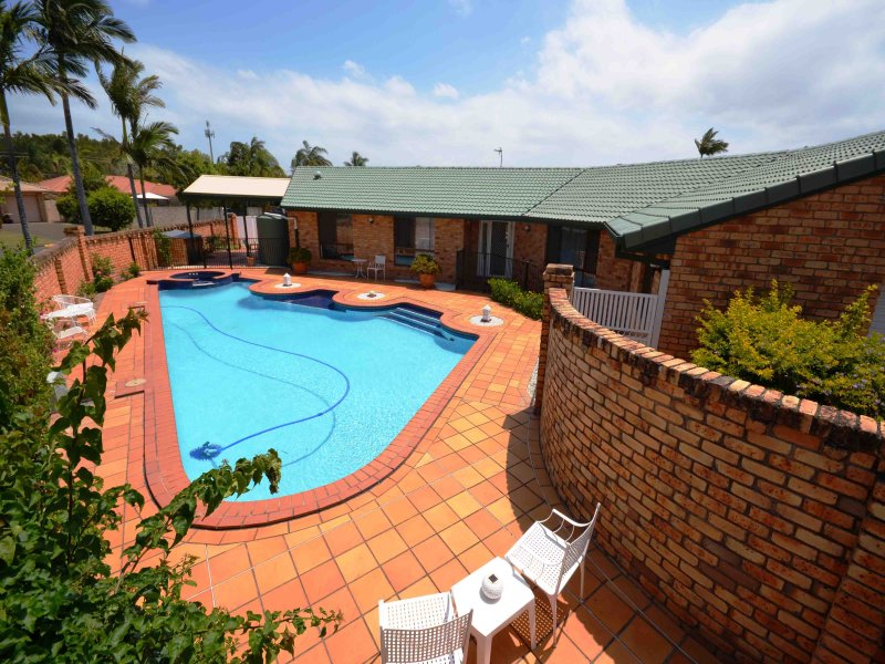 25 Gooding Drive, Coombabah, Qld 4216