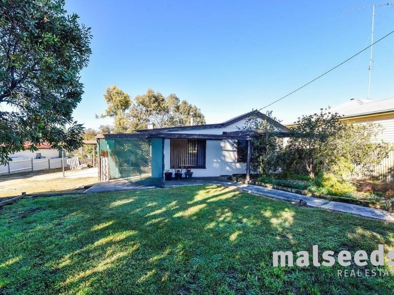 16 First Avenue, Naracoorte