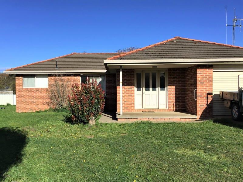 8 Hawkes Drive, Oberon, NSW 2787