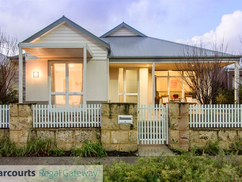 14 Angelica Way, Atwell