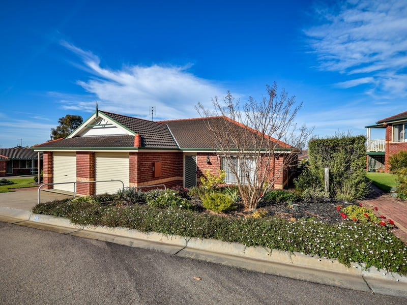 Unit 43/5 Canal Rd, Paynesville, Vic 3880