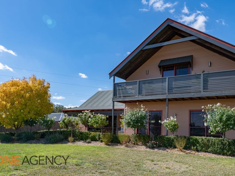 118 Kearneys Drive, Orange, NSW 2800