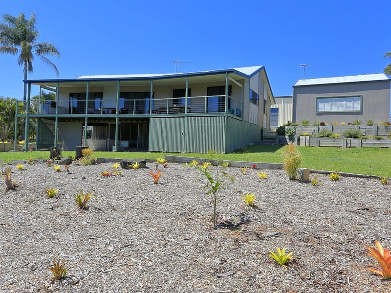 22 Outlook Drive, Craignish, Qld 4655