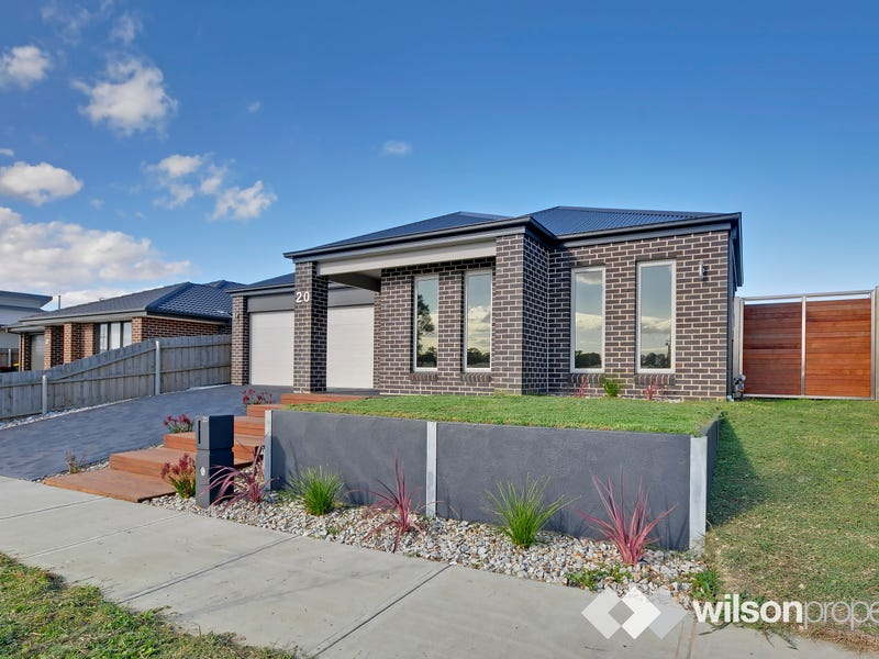 20 View Hill Drive, Traralgon
