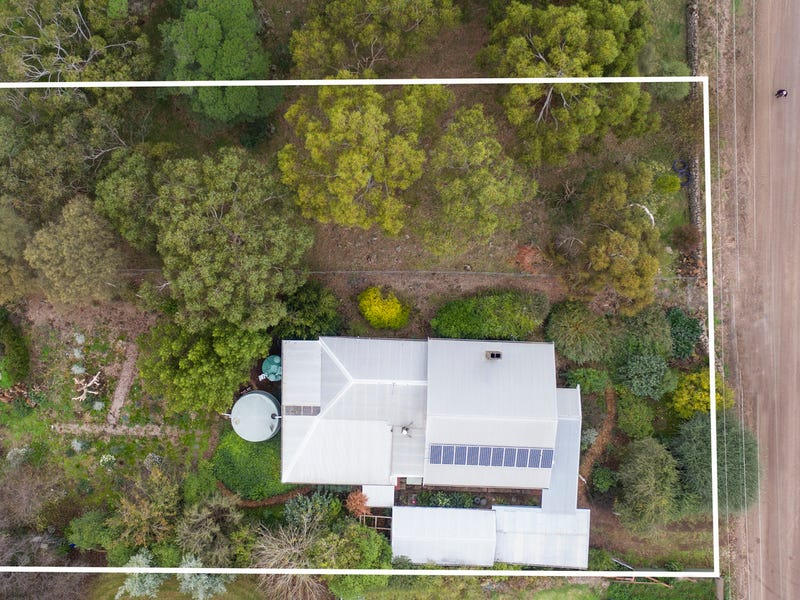 903 Hawks Nest Road, Pomborneit East, Vic 3249