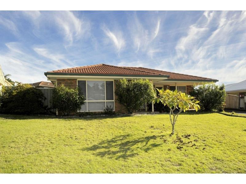 1/34 The Peninsula, Corlette, NSW 2315