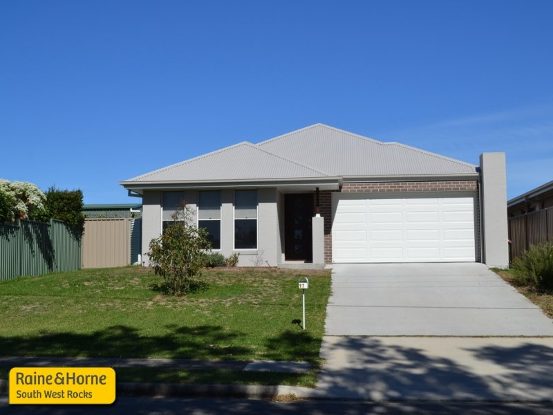 97 Phillip Drive, South West Rocks, NSW 2431