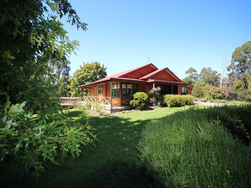 5749  Huon Highway, Surges Bay, Tas 7116
