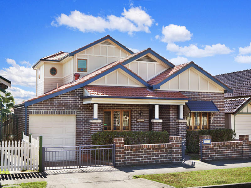 28 Clare Crescent, Russell Lea, NSW 2046
