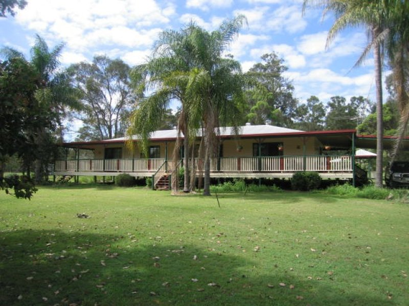 15 Maranoa Drive, Logan Village, Qld 4207
