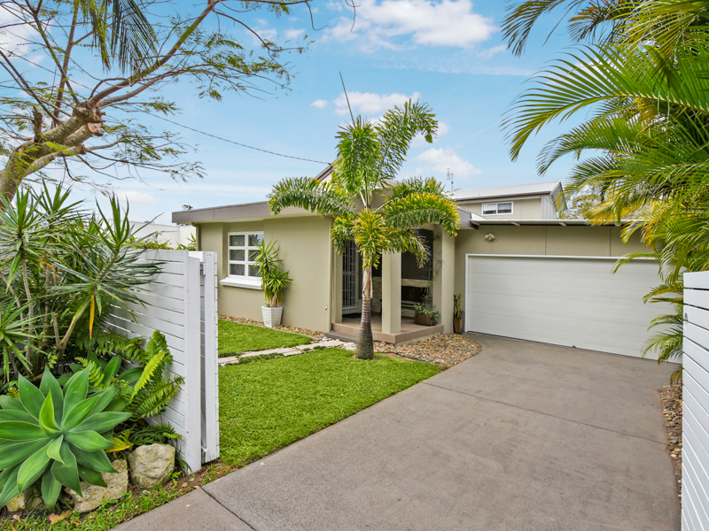 37 Albert Street, Shelly Beach, Qld 4551