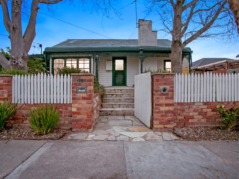 18 Second Avenue, Chelsea Heights, Vic 3196