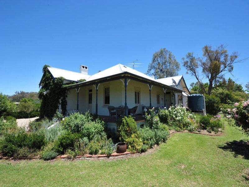 207 Sandy Road, Kootingal, NSW 2352