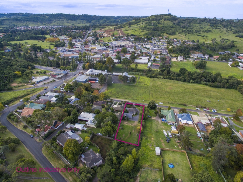 9 Coull Street, Picton, NSW 2571