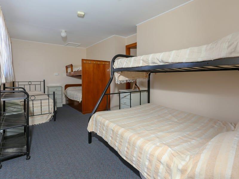 27 Mermaid Avenue, Hawks Nest, NSW 2324
