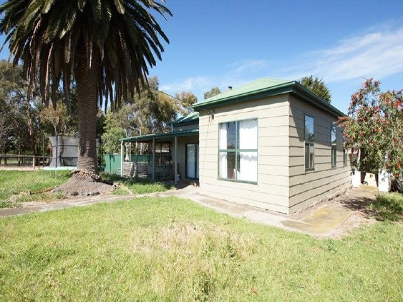 699 Darlington Road, Bookaar, Vic 3260