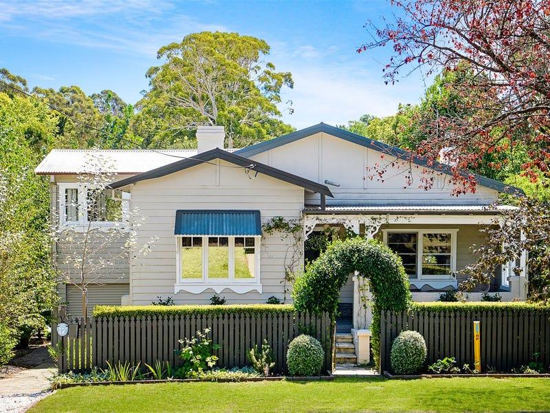 17 Ebury Street, Bundanoon, NSW 2578