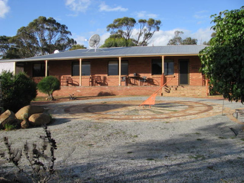 34 Shaddick Rd, East Pingelly, WA 6308