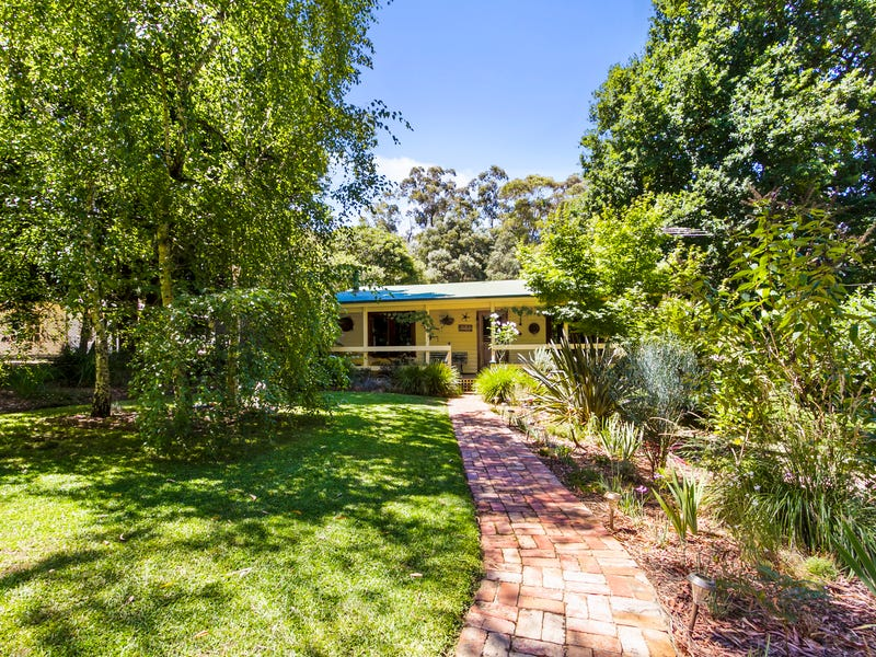 25 Neville Road, Gembrook, Vic 3783