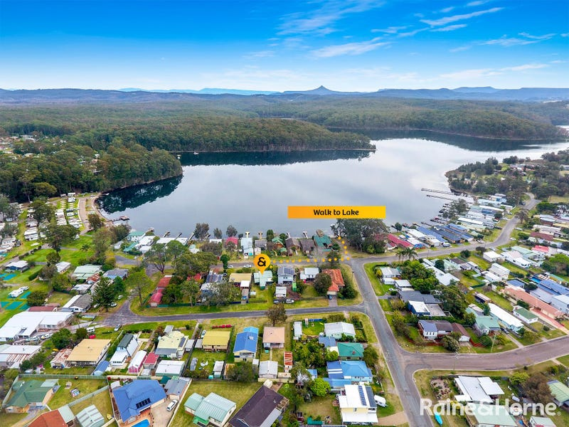 50 Lake View Drive, Burrill Lake, NSW 2539