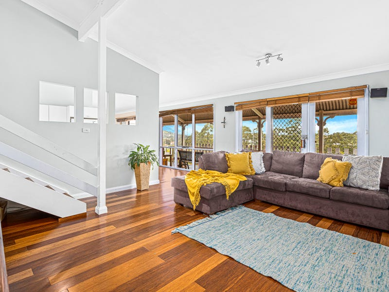 24 Bruce Street, Unanderra, NSW 2526