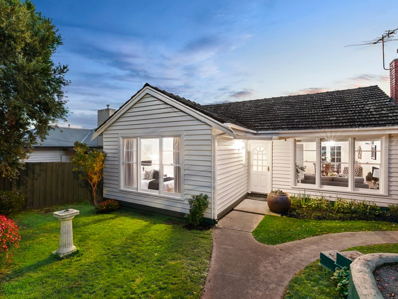 8 Howden Street, Oakleigh East, Vic 3166