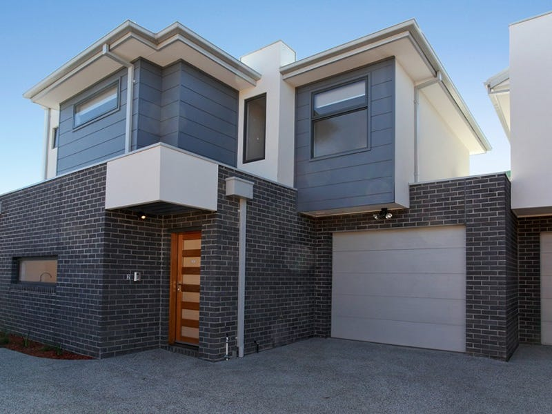 2/176 Blackshaws Road, South Kingsville, Vic 3015