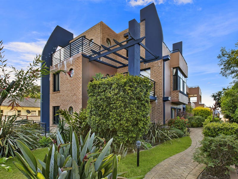 2/1-3 McGirr Avenue, The Entrance, NSW 2261