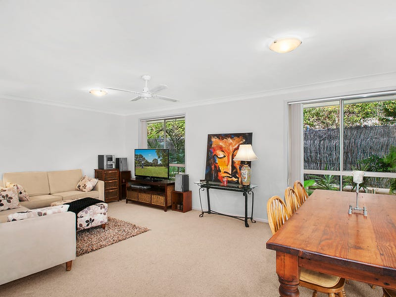 75 Ambleside Circuit, Lakelands, NSW 2282