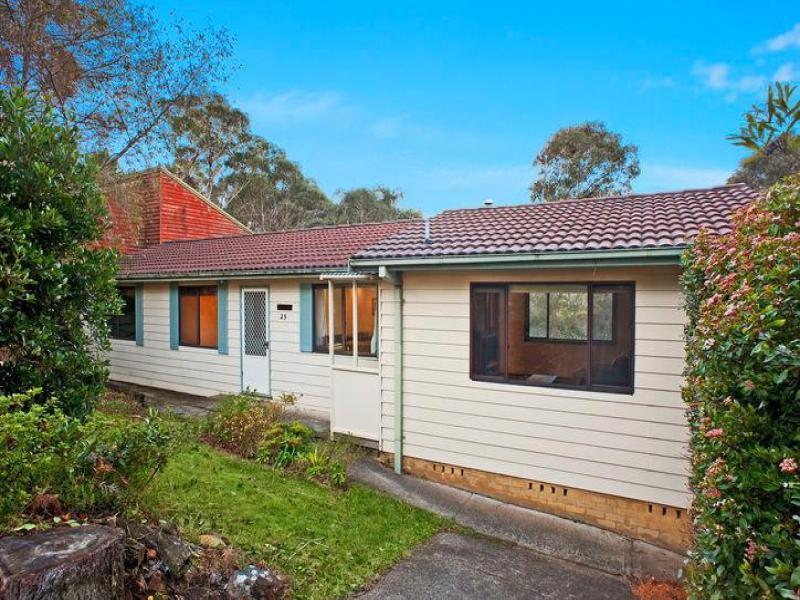 25 Clarence Street, Leura, NSW 2780