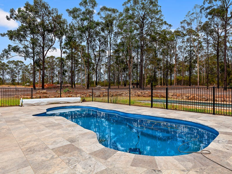 1 Silverstem Lane, Weston, NSW 2326